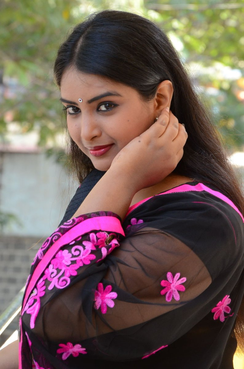 Actress Poorni Latest HD Images