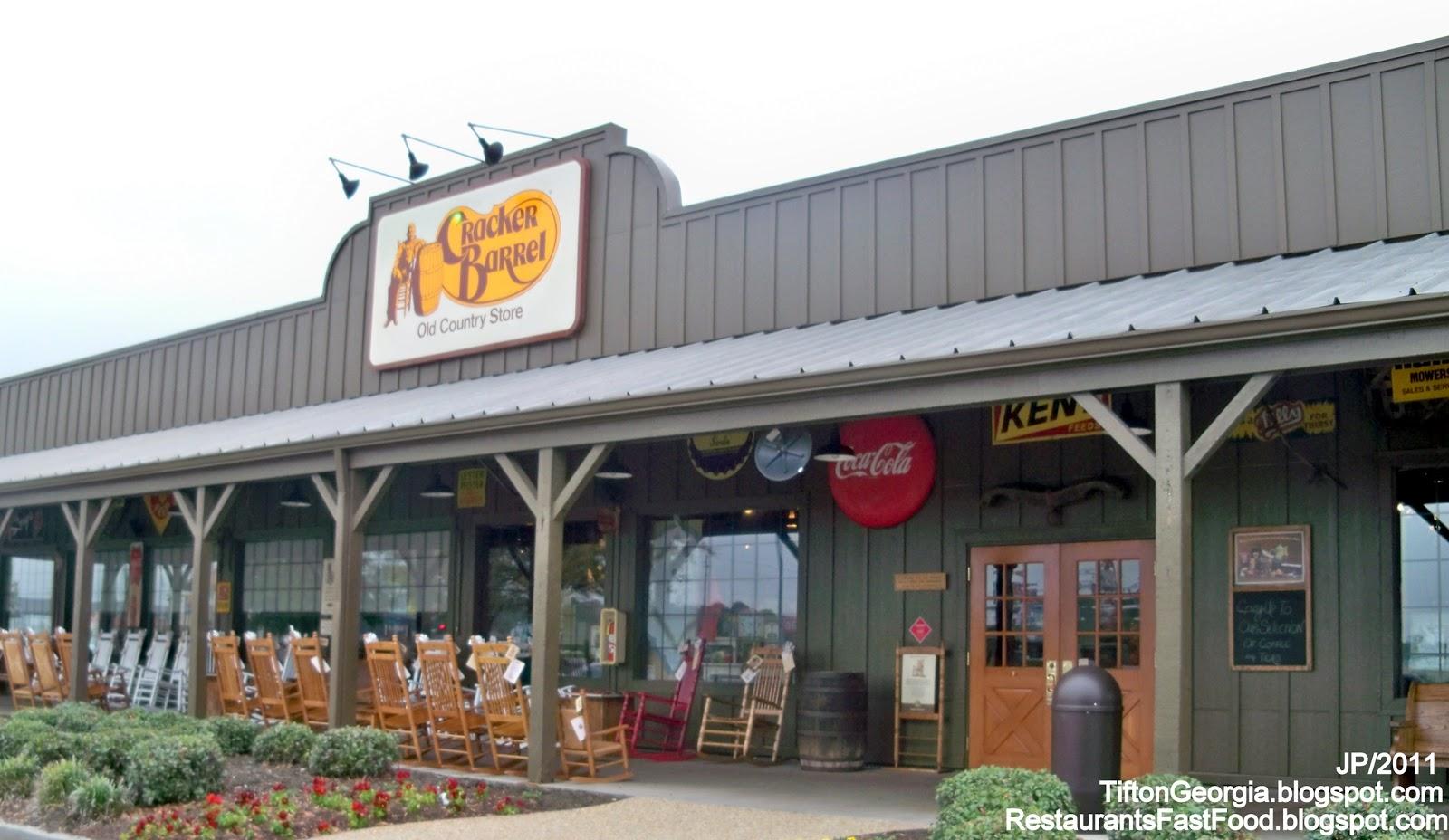 Cracker Barrel Restaurant Interior