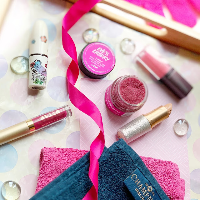 lush-eves-cherry-lip-scrub-2019-valentines-flatlay