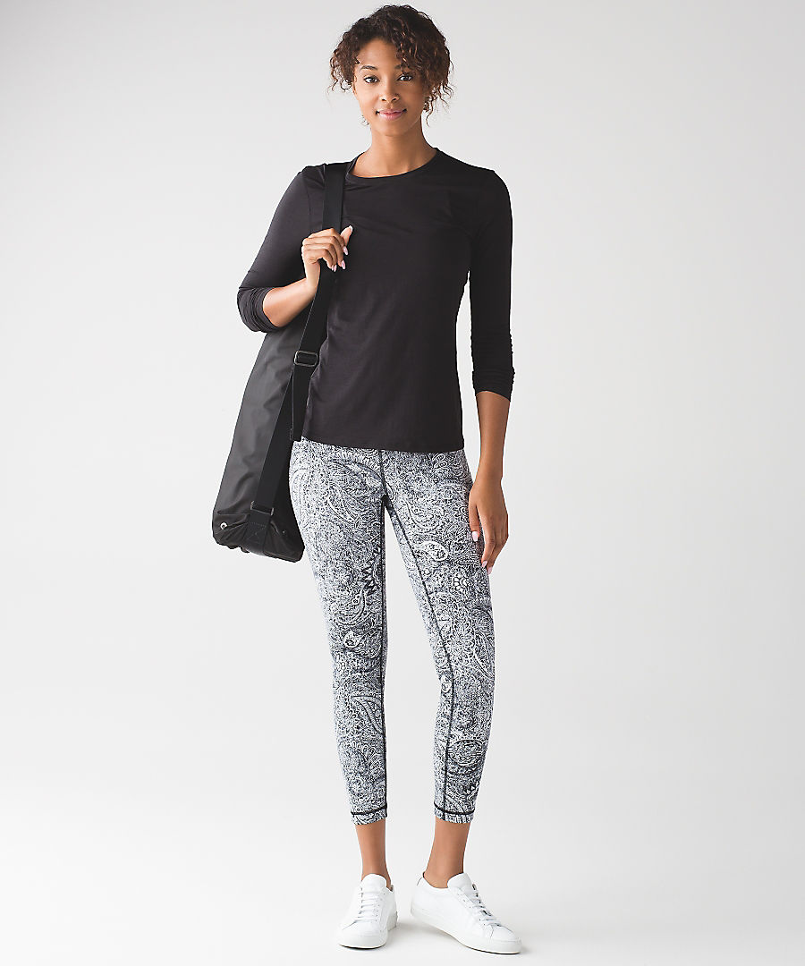 7f4273119b lululemon antique-paisley