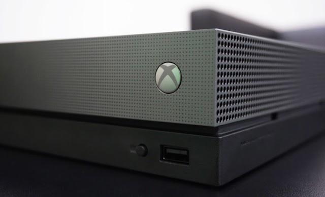 Xbox One X superou o PS4 Pro na lista dos mais vendidos de 2017 da Amazon em apenas alguns dias