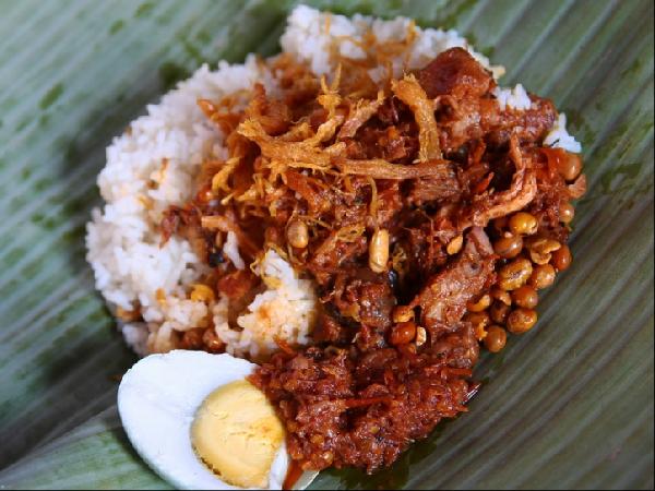 Nasi Balap Puyung (Lombok) | RESEP MASAKAN TRADISIONAL INDONESIA