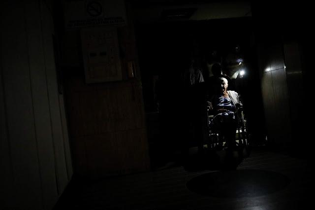Sin luz ni agua, así se agudiza el drama de millones de venezolanos