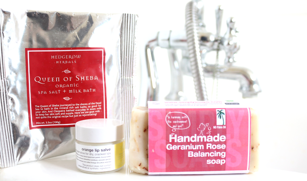 Simply Soaps - Hedgerow Herbals Queen Of Sheeba Organic Spa Salt & Milk Bath, Orange Lip Salve & Handmade Geranium Rose Balancing Soap review