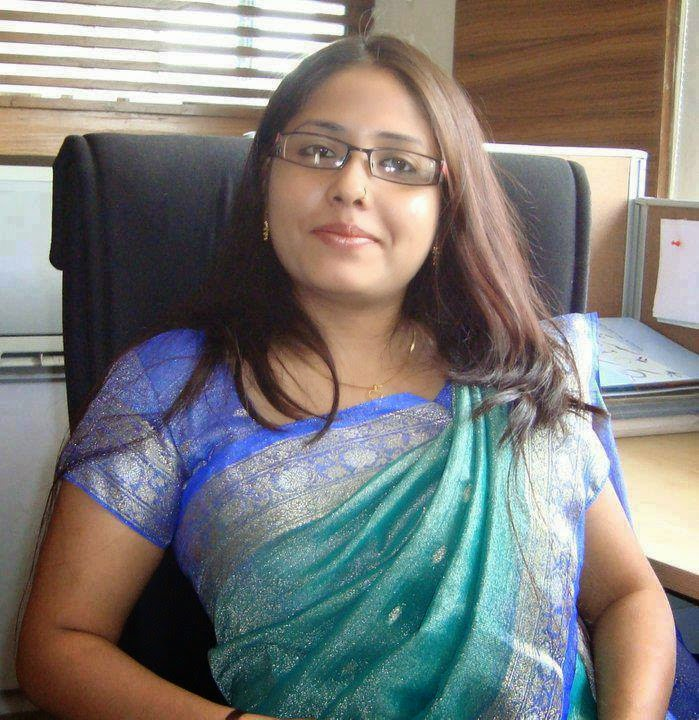 Happy Raikoti Indian Bhabhi Desi Village Girl Hot Billeder-8055