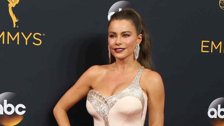 954b6016a6 Sofía Vergara lanza línea de ropa interior para ayudar a las mujeres ...