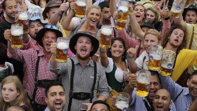 La Rueda del Diablo, una loca tradición del Oktoberfest