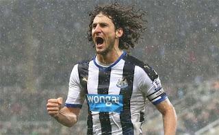 Fabricio Coloccini pemain pertahanan tengah Newcastle United