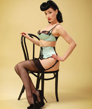 Beauty And Elegance Classic 1940 S 50 S Pinup Girl Look