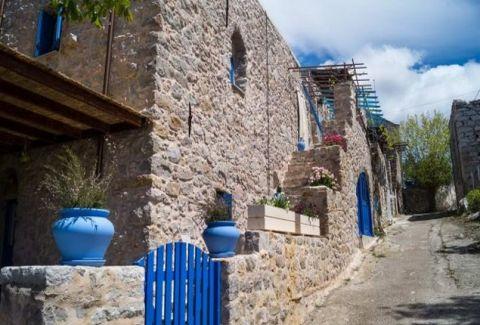 Εσείς ξέρετε πού βρίσκεται ο ''Μυστράς'' του Αιγαίου; Δείτε μια μεσαιωνική πολιτεία που προκαλεί δέος! (PHOTOS)