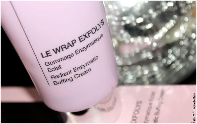 Avis gommage enzymatique Wrap Exfolys - Qiriness - Blog beauté Les Mousquetettes