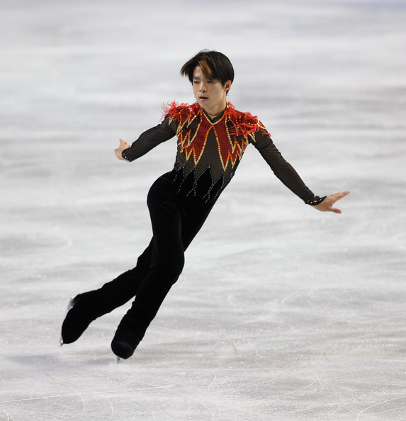ICE STYLEBest Figure Skating Costumes 2012: Men and