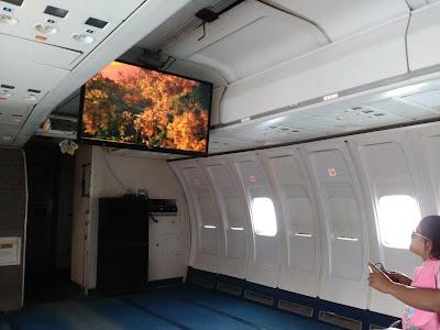 dalamnya pesawat