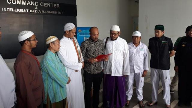 Sebut Habib Rizieq Bukan Cucu Nabi, Pria Ini Minta Maaf di Depan FPI