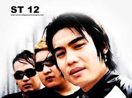 Lirik Dan Kunci Gitar Lagu St12 - Cinta Jangan Dinanti