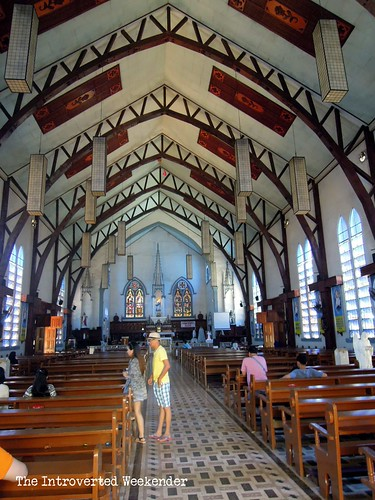 Puerto Princesa Travel Guide: the cavernous interiors of the Immaculate Conception Cathedral