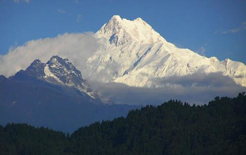 Kangchenjunga - Terceira montanha nais alta do mundo