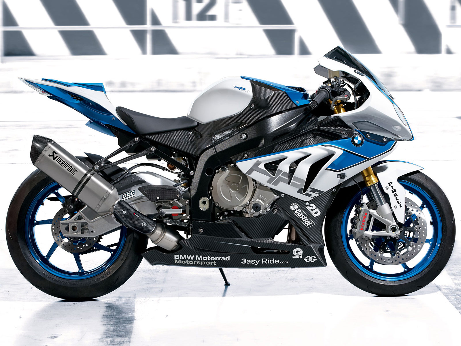 2013 bmw hp4 motorcycle pictures review insurance information. Black Bedroom Furniture Sets. Home Design Ideas