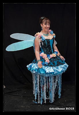 http://lylelo.blogspot.de/2013/07/wip-1-blue-fairy-blaue-fee-aus-once.html