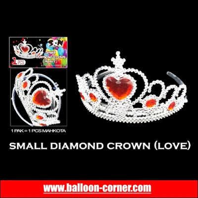 Small Diamond Crown (Love)