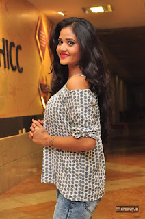 Sreya Vyaas Stills at Divinos Ladies Club Event