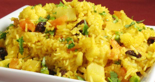 Allahabad ki Tehri (Vegetable Pulao) Recipe