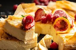 whipped lemon ricotta cheesecake
