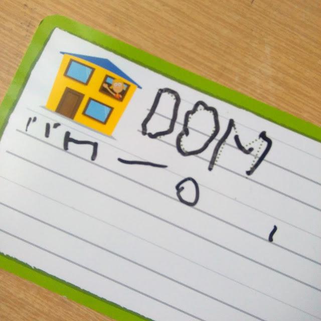 kapitan nauka piszę zmazuję litery, jak nauczyć dziecko pisać, gra dla 3 latka, gra dla 4 latka, prezent na urodziny dla dziecka , kapitan nauka,
