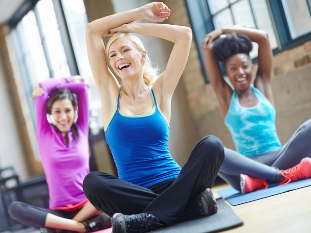 Làm thế nào để bảo vệ da mặt sau một thực hành Yoga đẫm mồ hôi