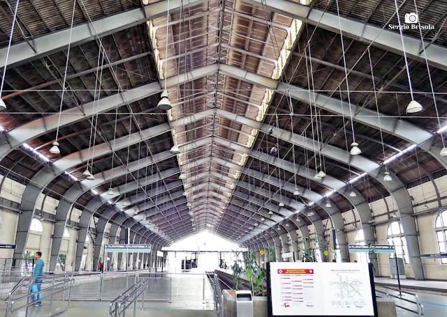 Vista ampla da área das plataformas da Estação Julio Prestes - Luz - São Paulo