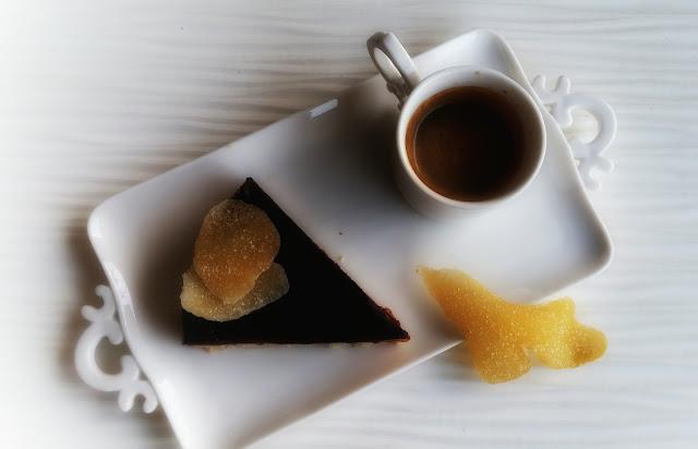 torta al cioccolato fondente mele e zenzero