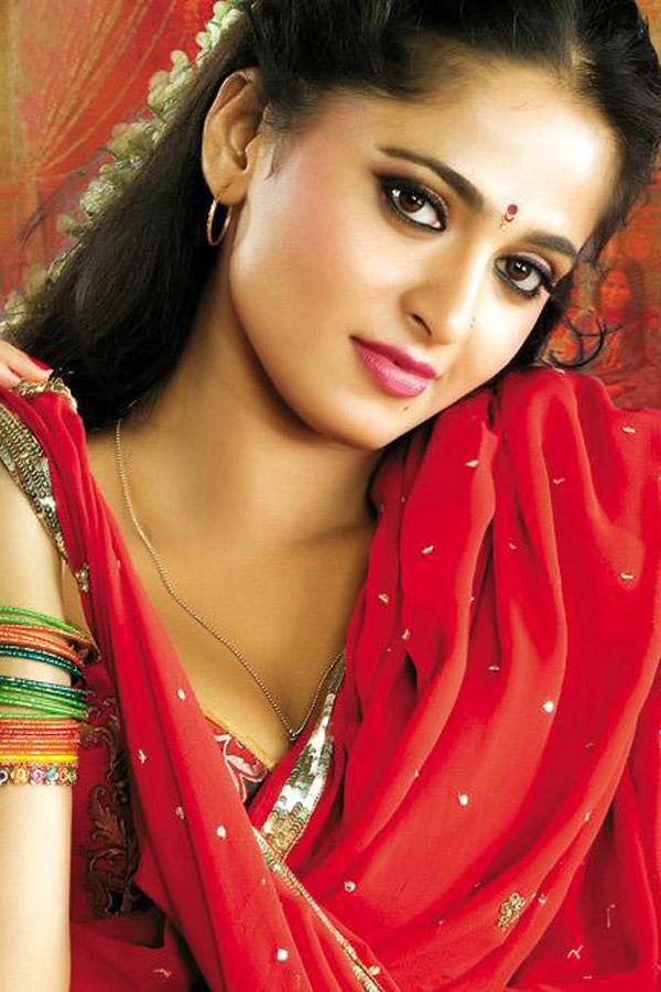 Anushka Shetty Hot Photos, Anushka Shetty Pictures, Images -9284