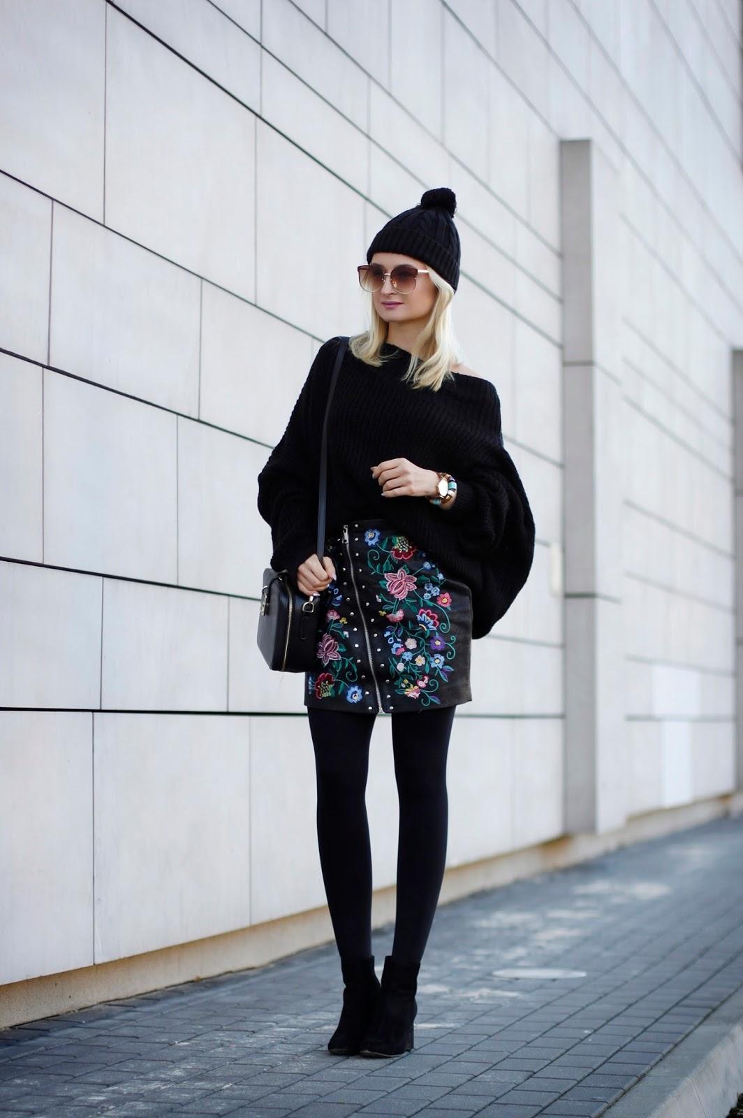 Czarny Sweter Oversize
