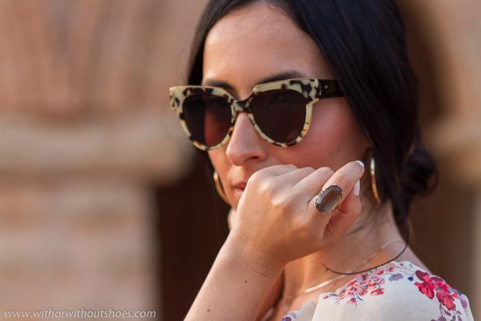 Tendencias en gafas de sol y joyas anillos de la temporada