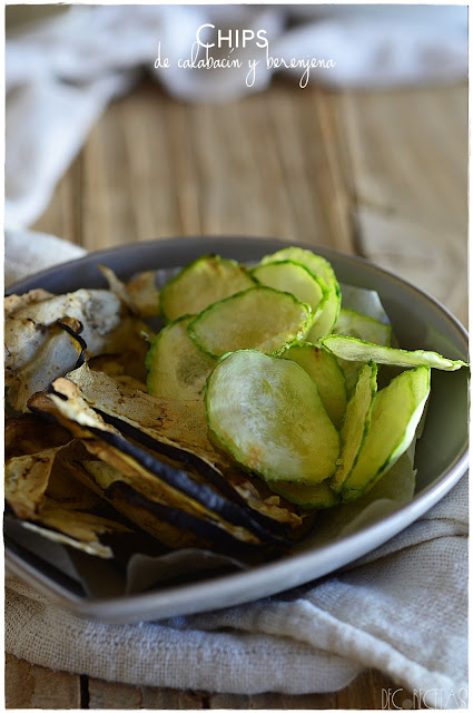 Chips de calabacín y berenjena