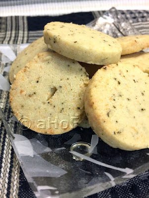 Rosemary Parmesan Wafers