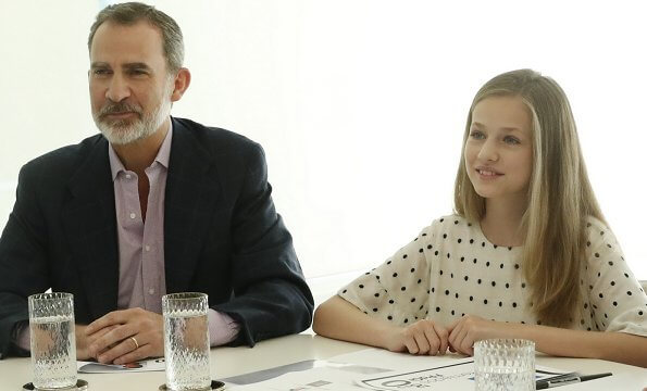 Queen Letizia wore a new dolman silk blouse by Mango. Crown Princess Leonor wore a polka-dot blouse by Massimo Dutti