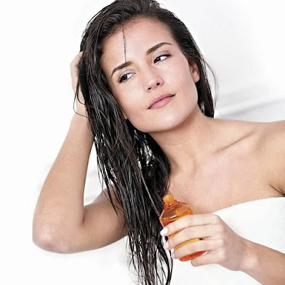 simple-ways-to-maintain-hair-during-monsoon
