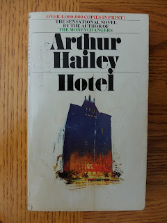 Hotel by Arthur Hailey | Two Hectobooks