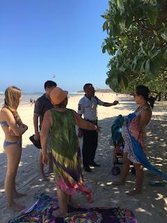 Di-usir Dari Kawasan Pantai Oleh Pihak Sekuriti Hotel