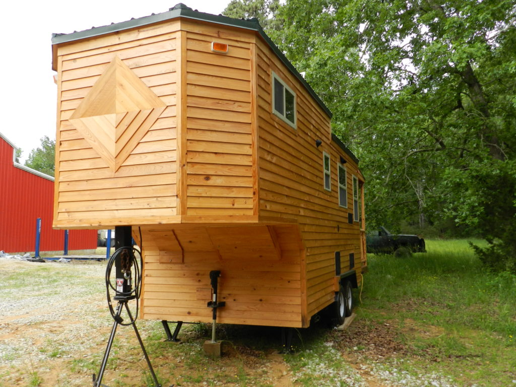 Tiny house town mississippi tiny house 204 sq ft for Tiny house search