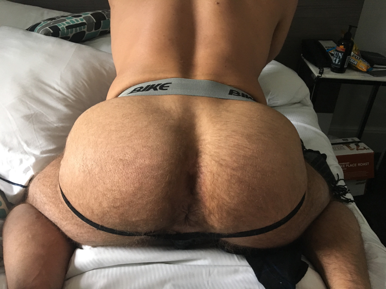 Watch me play with my fat ass and my giant bbc in my new jock