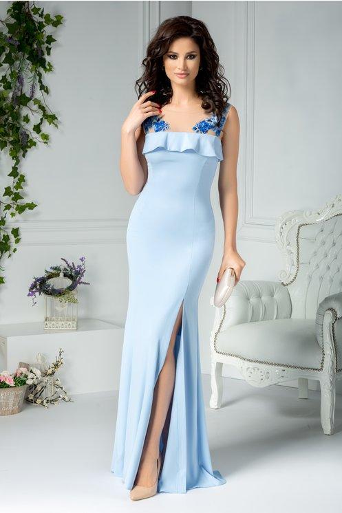 Rochie bleu lunga eleganta de seara  Bustul si spatele decupate  Voal cu broderie florala, perle si paiete