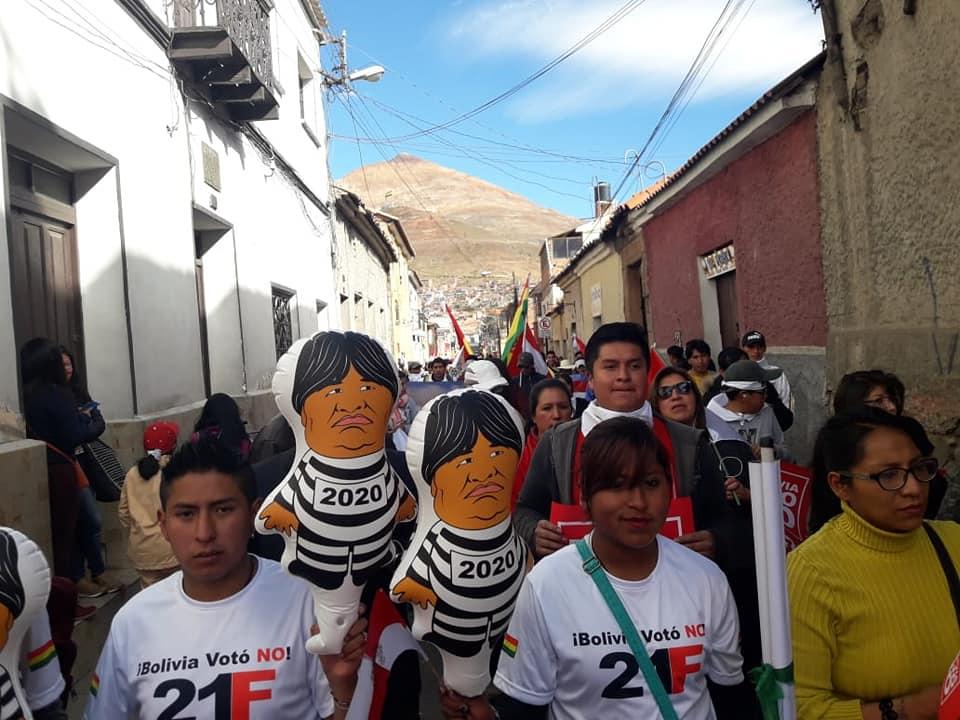Activistas ya están en Potosí en espera del 6 de agosto / FACEBOOK LAS CALLES BOLIVIA