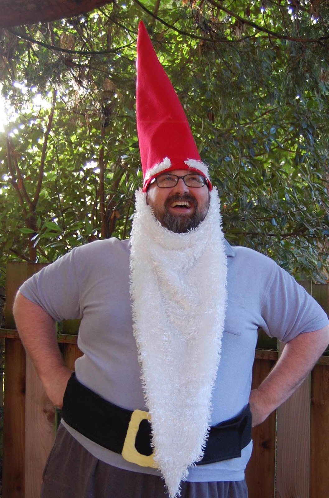 A garden gnome DIY Halloween costume