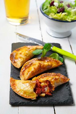 empanadillas de sobrasada y pera