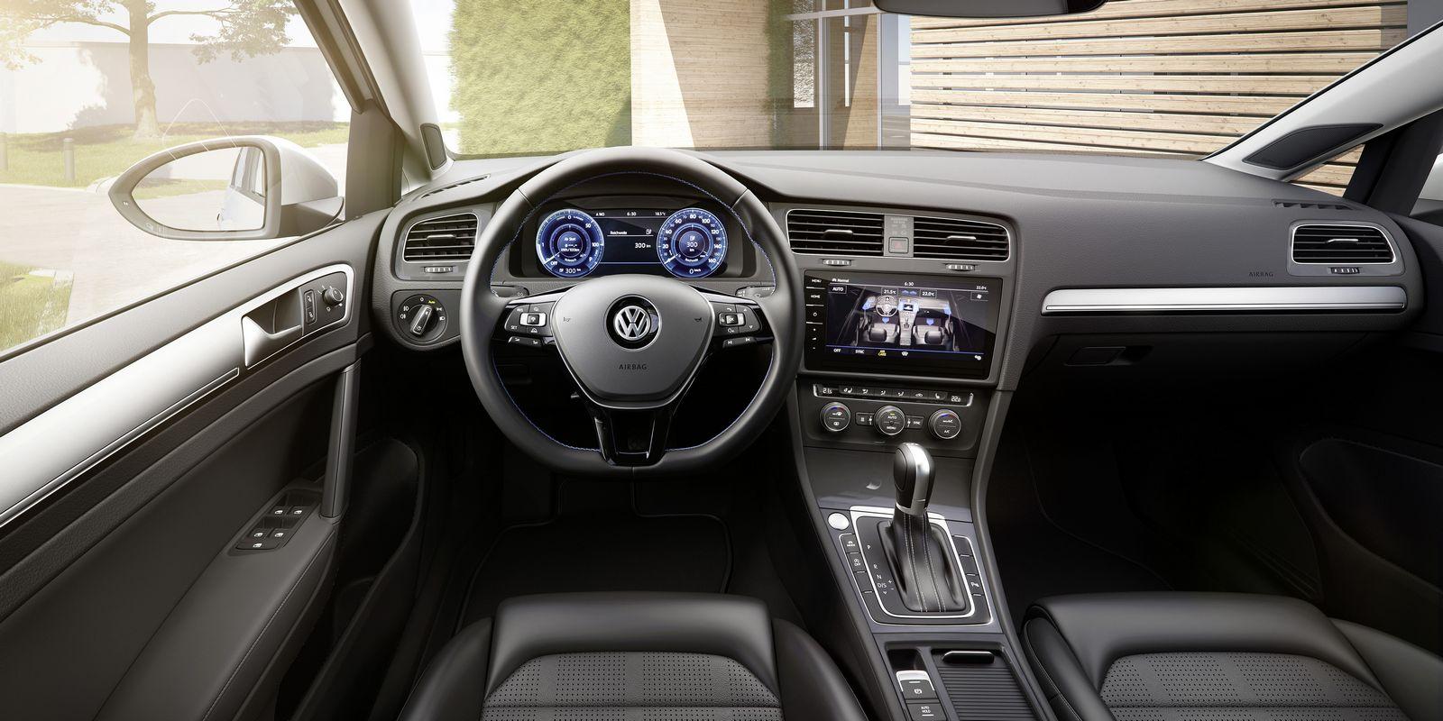 VW e-golf электромобиль интерьер