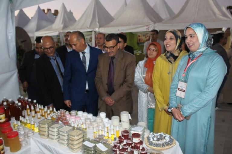 بالصور/ باشا مدينة تارودانت ورئيس المجلس الجماعي يفتتحان فعاليات النسخة الرابعة من ملتقى المرأة الرودانية