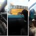 """Pato fica super-feliz ao ver o seu """"dono"""" chegar do autocarro da escola"""