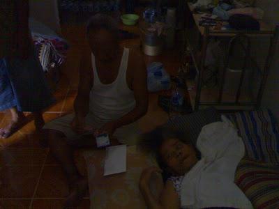 Penyaluran Donasi KPK Untuk Nenek Wastiyah